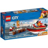 LEGO City Incendiul de la Docuri 60213