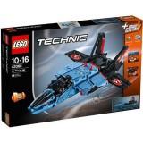 LEGO Technic Avion cu Reactie pentru Curse