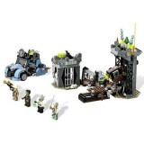 LEGO Monster Fighters Profesorul Nebun si Monstrul Sau