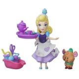 Figurina Hasbro Disney Little Kingdom Petrecerea de Cusut a Cenusaresei