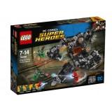LEGO Atacul din tunel al lui Knightcrawler (76086)