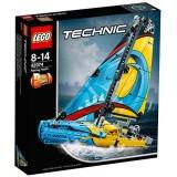 LEGO Technic Iaht de Curse 42074