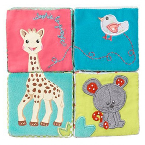 Cuburi educative plus Vulli girafa Sophie