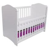 Patut copii din lemn Eurogloria Como alb cu violet cu laterala culisabila si sertar